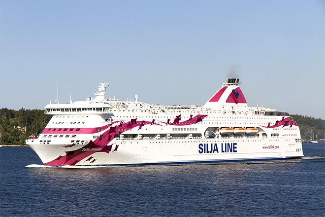 Silja Linen laiva merellä.