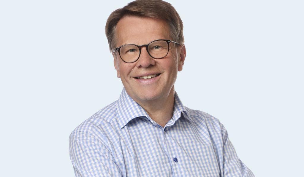 Kari Häkämies.
